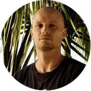 Tomas Anthony, surfing trainer