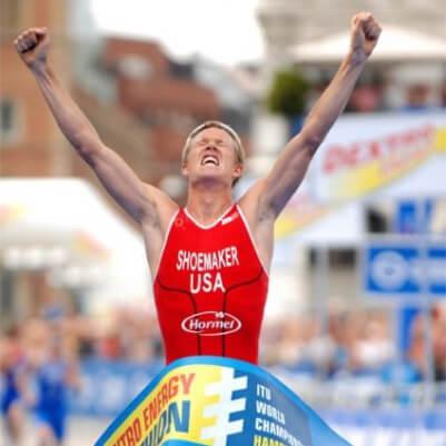 ITU triathlete winning race